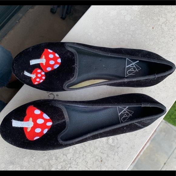 YRU Shoes - NWT YRU Red Mushroom velvet flats